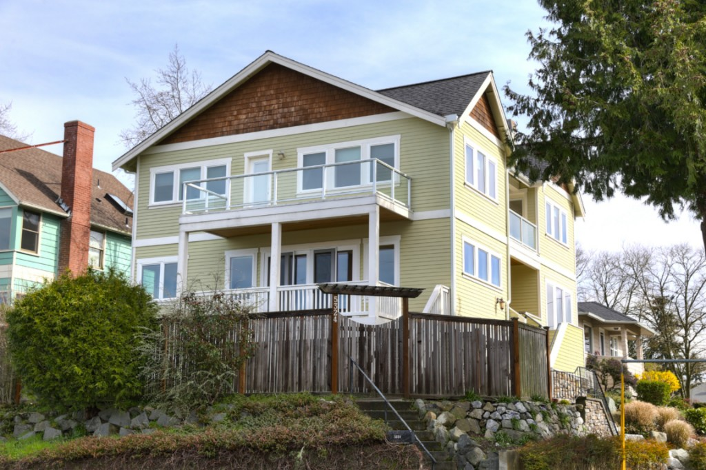 Rental Homes for Rent, ListingId:32249903, location: 5324 46th Ave SW Seattle 98136