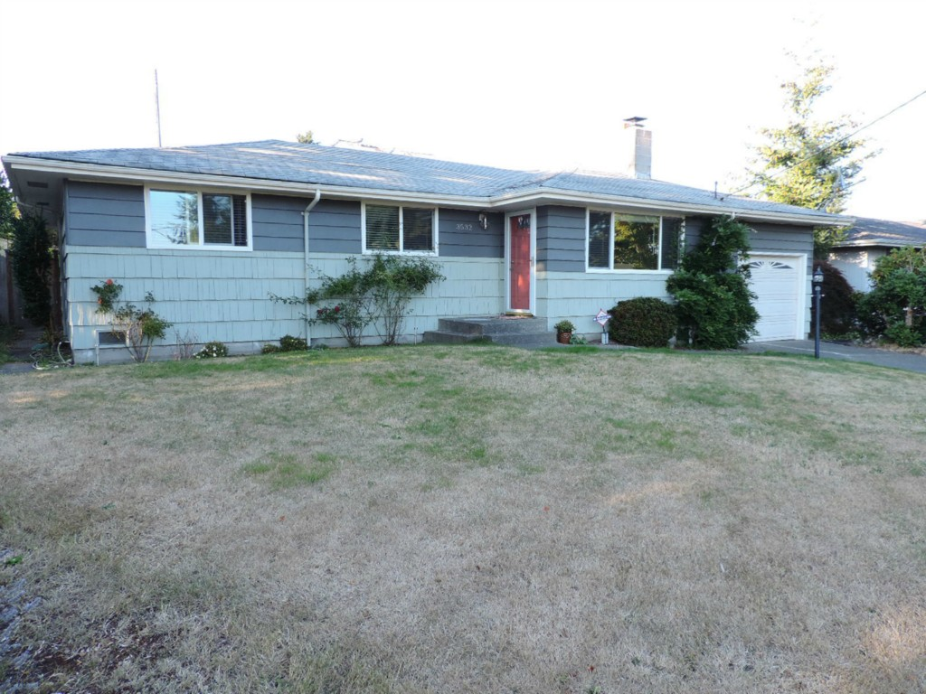 Rental Homes for Rent, ListingId:29664655, location: 3532 SW 110th St Seattle 98146