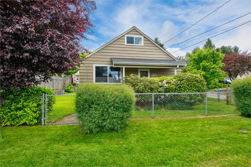 Real Estate for Sale, ListingId: 33433440, Bremerton,WA98337