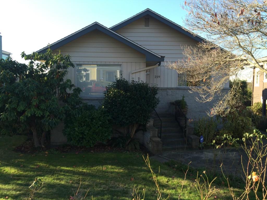 Rental Homes for Rent, ListingId:30681672, location: 219 5th Ave W Kirkland 98033