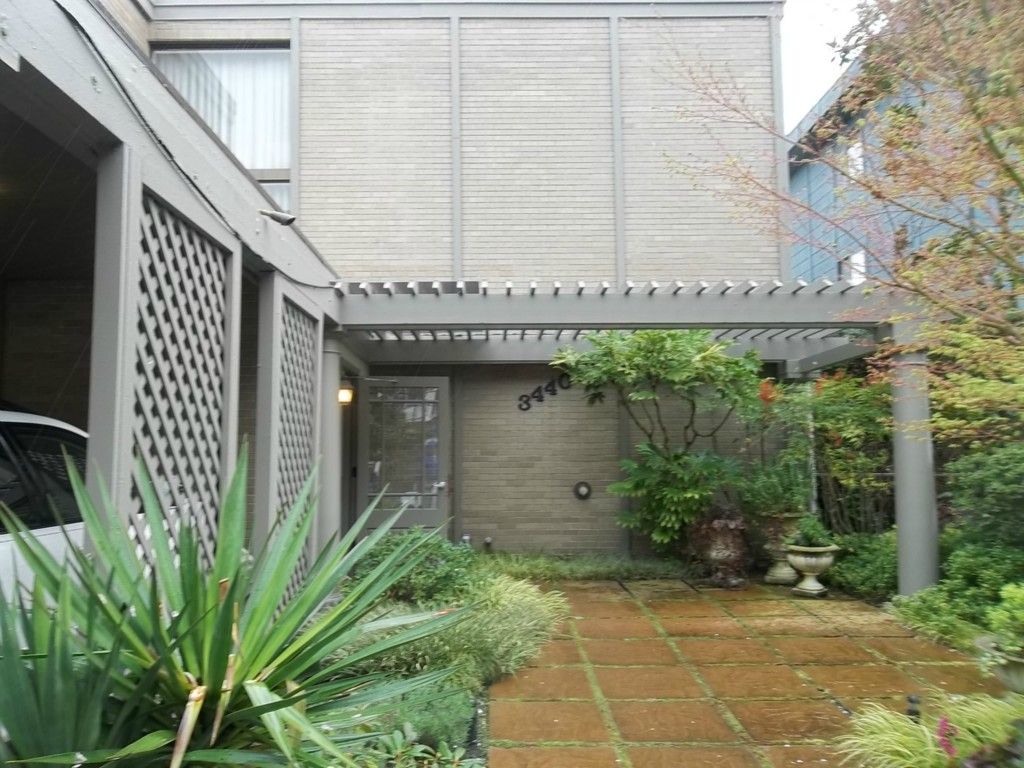 Rental Homes for Rent, ListingId:27592202, location: 3440 25th Ave W #202 Seattle 98199