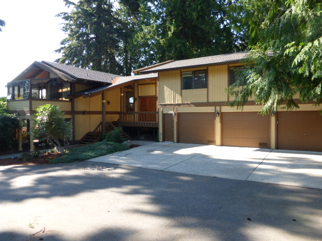 Rental Homes for Rent, ListingId:29632238, location: 12948 Holmes Point Dr NE Kirkland 98034