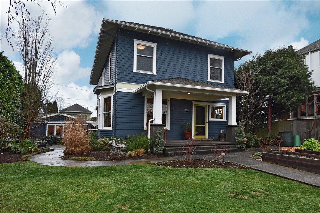 Single Family Home for Sale, ListingId:37086181, location: 1621 4th Ave W Seattle 98119