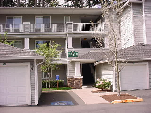 Rental Homes for Rent, ListingId:28642333, location: 12712 Admiralty Wy #C205 Everett 98204