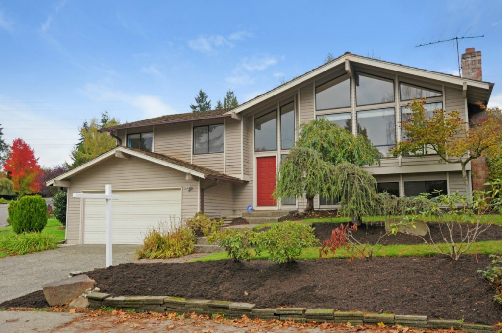 Rental Homes for Rent, ListingId:30640917, location: 4702 122nd Ave SE Bellevue 98006