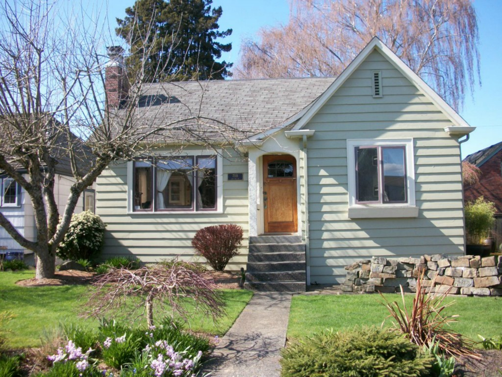 Rental Homes for Rent, ListingId:30640929, location: 7551 21st Ave NE Seattle 98115