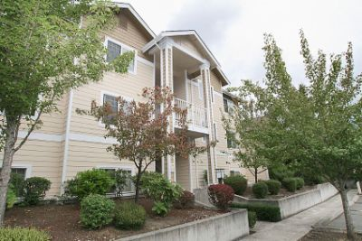 Rental Homes for Rent, ListingId:29632240, location: 15150 140th Wy SE #M204 Renton 98058