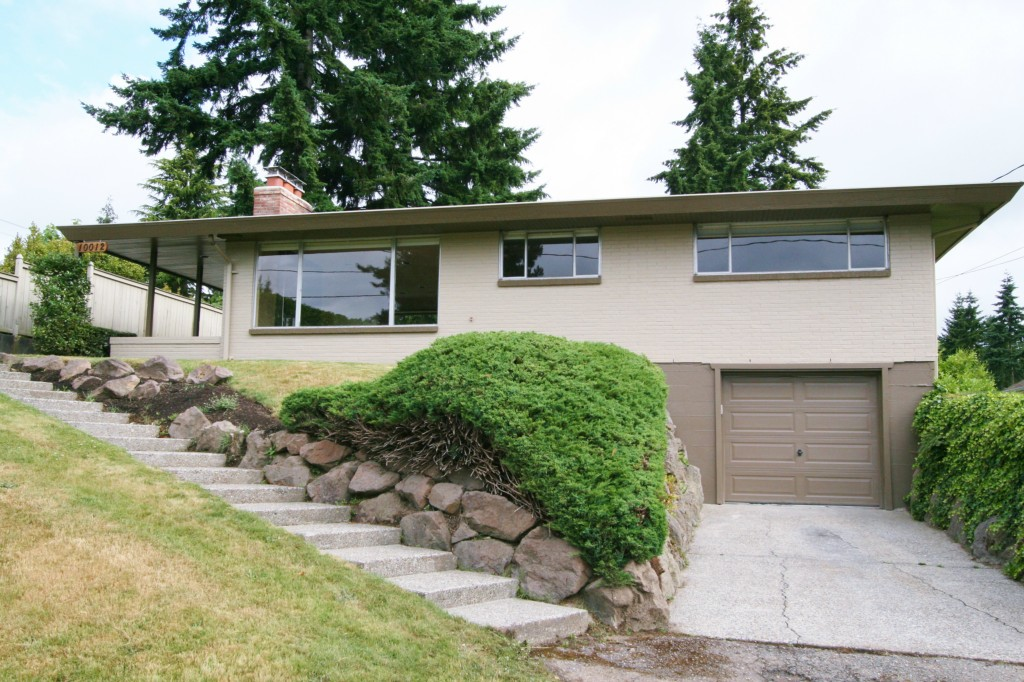 Rental Homes for Rent, ListingId:34996274, location: 10012 NE 22nd St Bellevue 98004