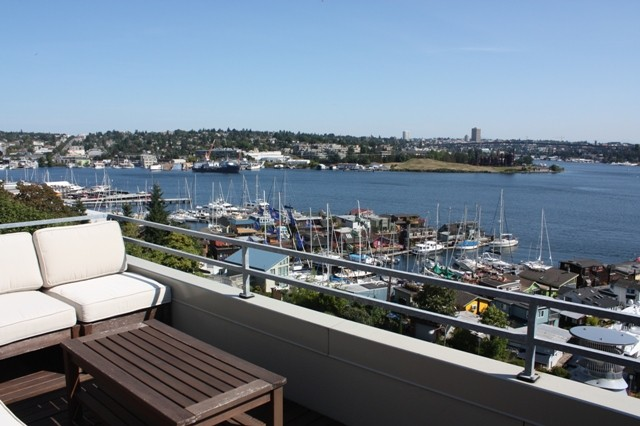 Rental Homes for Rent, ListingId:34522828, location: 2400 8th Ave N #303 Seattle 98109
