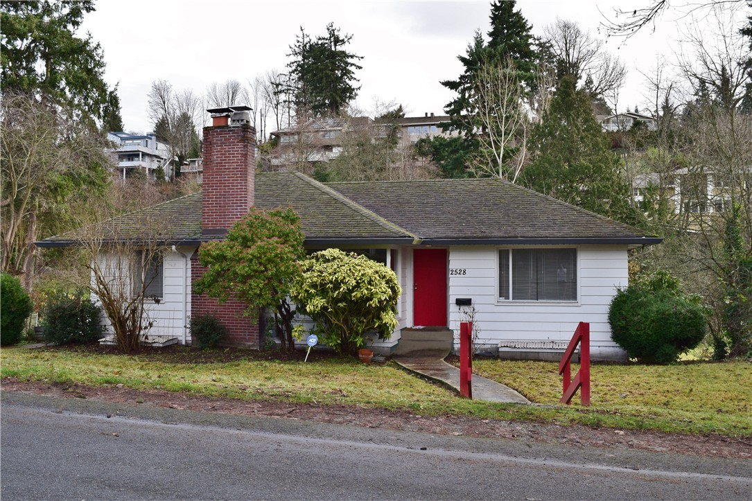 Rental Homes for Rent, ListingId:36946298, location: 2528 65th Place SE Mercer Island 98040