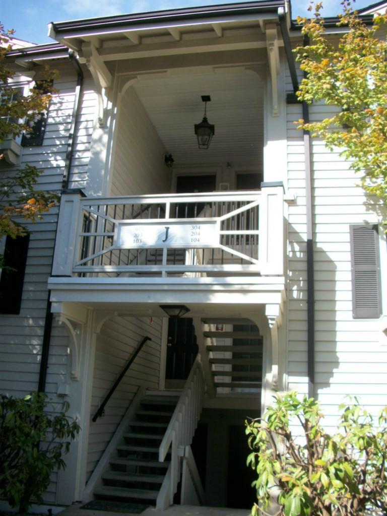 Rental Homes for Rent, ListingId:29825834, location: 12404 E Gibson Rd #J303 Everett 98204