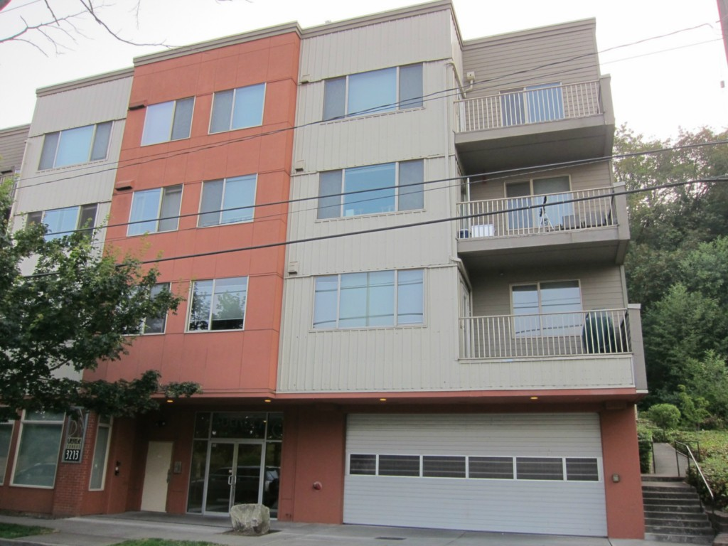 Rental Homes for Rent, ListingId:34318562, location: 3213 Harbor Ave SW #116 Seattle 98126