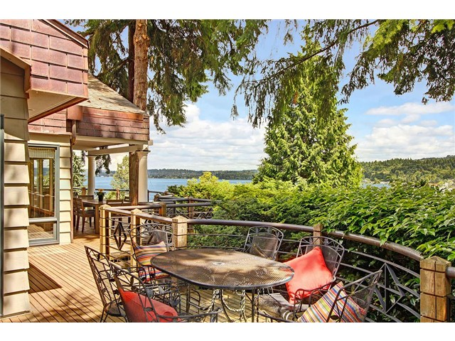 Rental Homes for Rent, ListingId:29938873, location: 6014 E Mercer Wy Mercer Island 98040