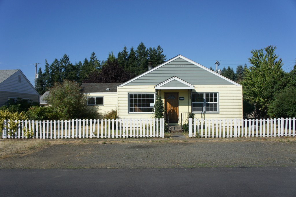 Single Family Home for Sale, ListingId:26338154, location: 1727 Jefferson St Shelton 98584