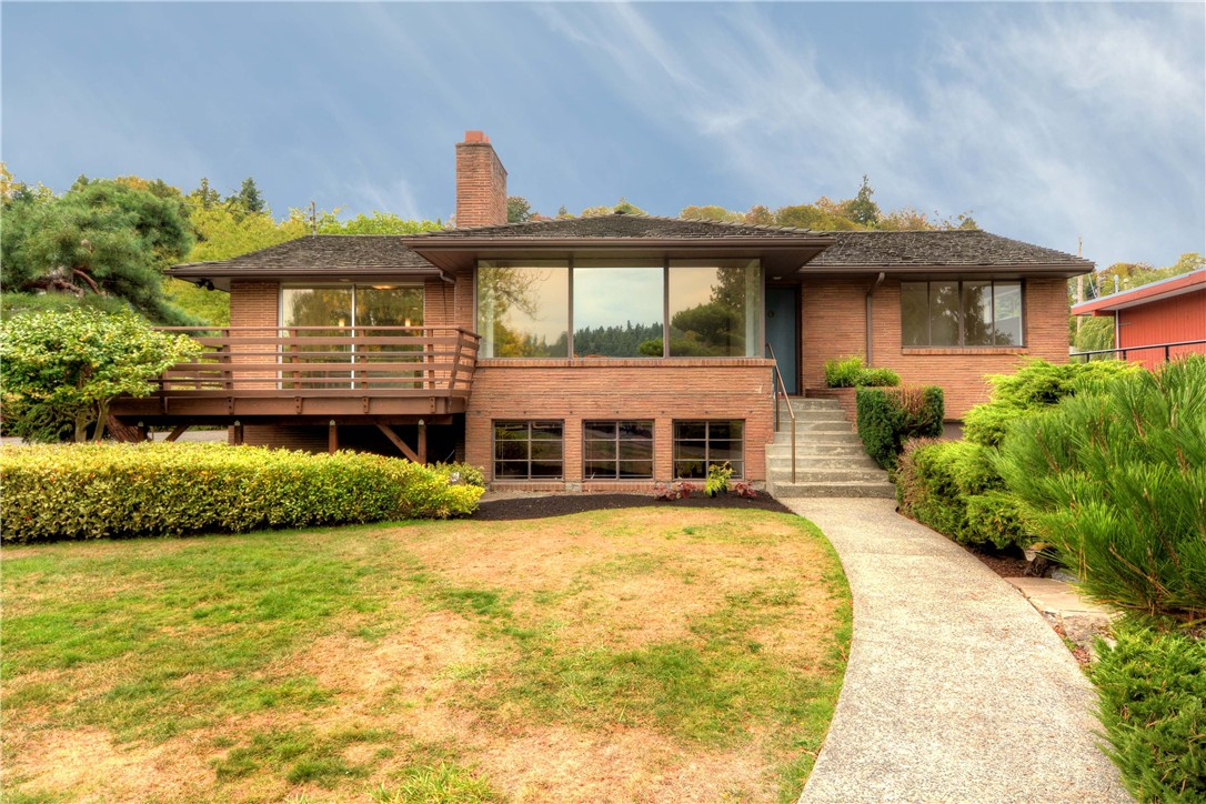 Rental Homes for Rent, ListingId:35712851, location: 4933 Lake Washington Blvd S Seattle 98118