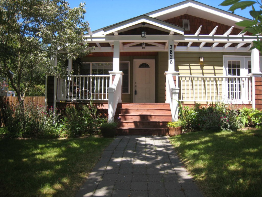 Rental Homes for Rent, ListingId:33918384, location: 3826 NE 120th St Seattle 98125