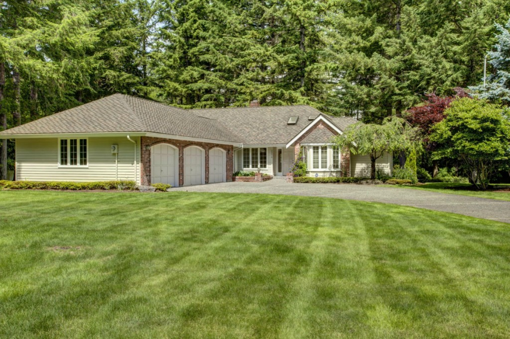 Rental Homes for Rent, ListingId:29627614, location: 26616 SE 31st St Sammamish 98075
