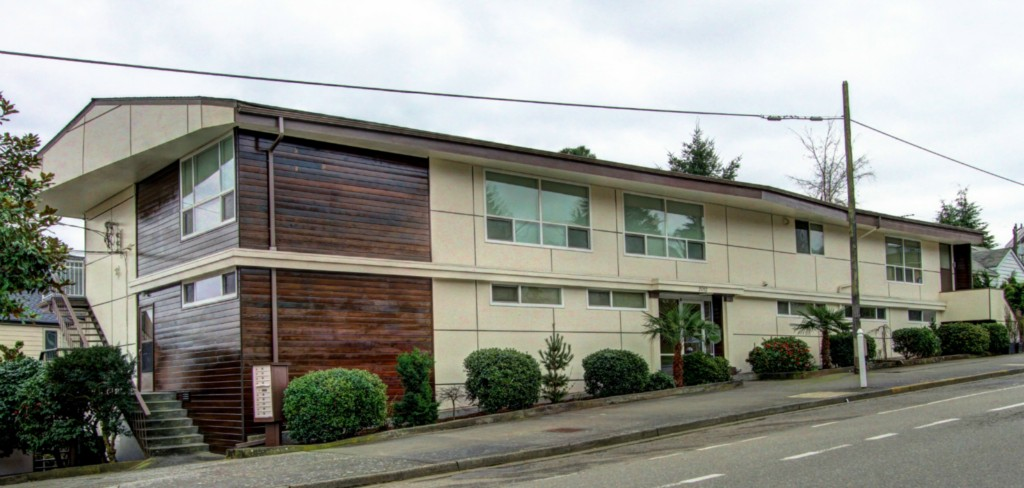 Rental Homes for Rent, ListingId:31795944, location: 2012 Thorndyke Ave W #5 Seattle 98199