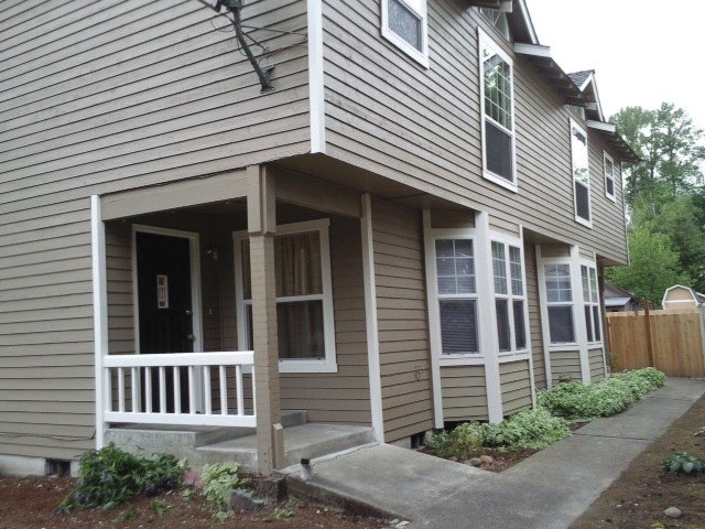 Rental Homes for Rent, ListingId:29590038, location: 1010 Pilchuck Ave #1 Snohomish 98290
