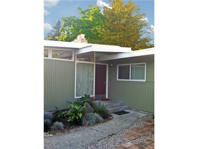 Rental Homes for Rent, ListingId:35677352, location: 1007 158th Place SE Bellevue 98008