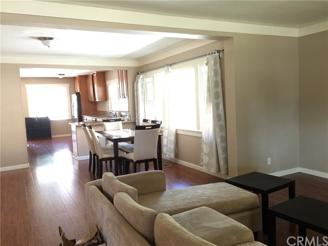 61 S Oak Avenue, Pasadena, CA, 91107: Photo 5