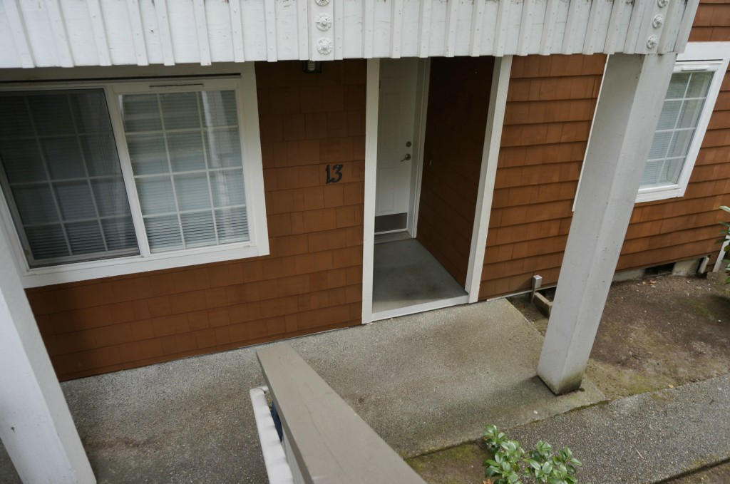 Rental Homes for Rent, ListingId:30242306, location: 3018 128th Ave SE #13 Bellevue 98005