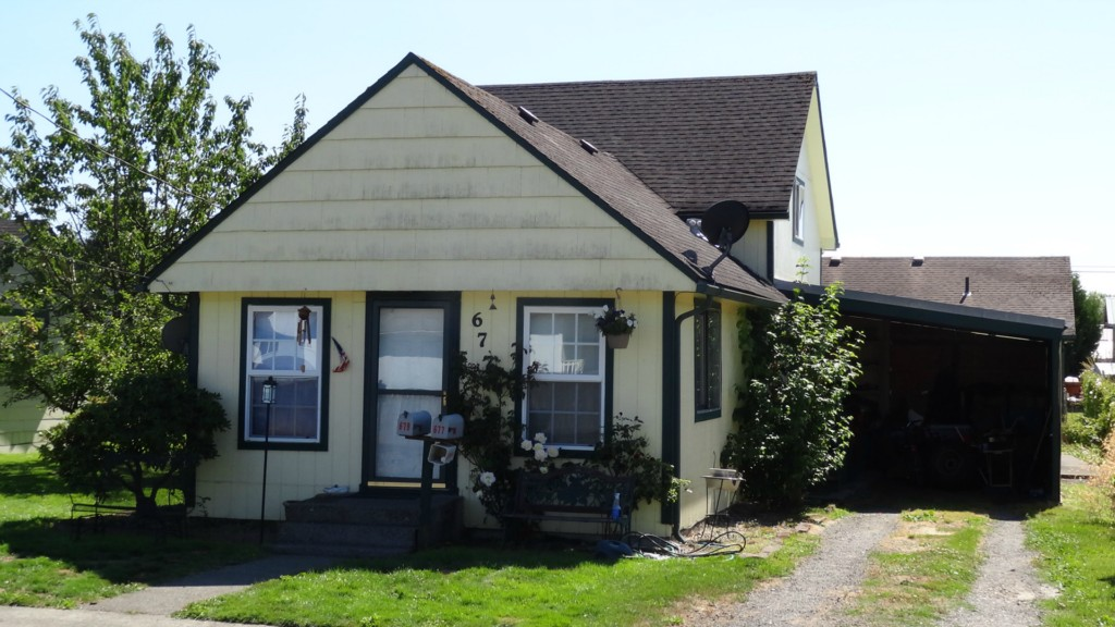 Single Family Home for Sale, ListingId:29279362, location: 679-677 SW Pacific Ave Chehalis 98532