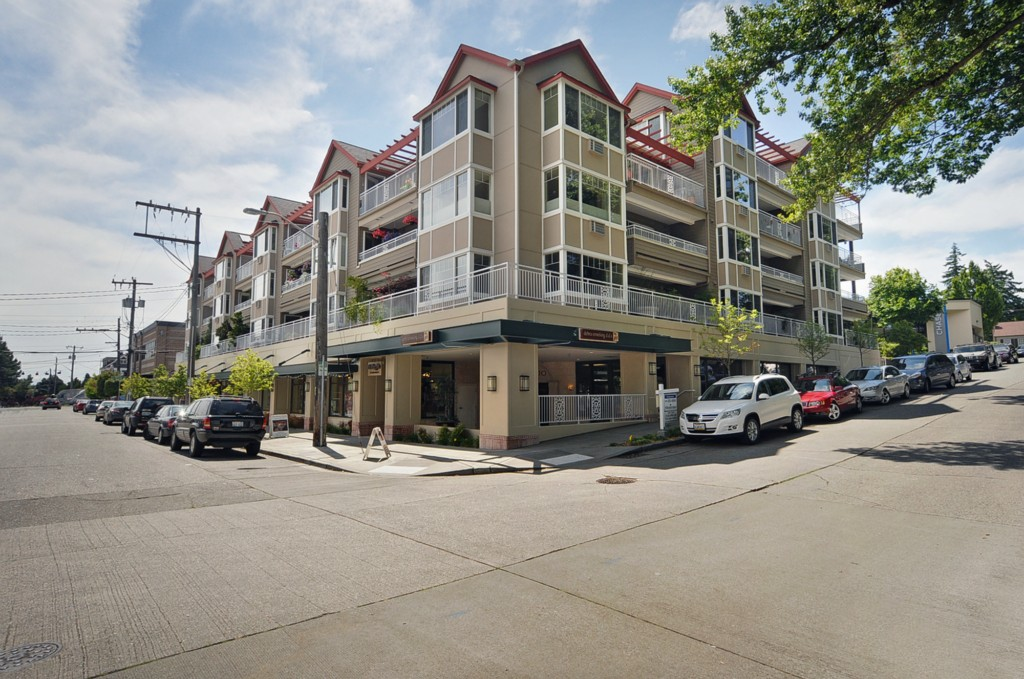 Rental Homes for Rent, ListingId:30242278, location: 2425 33rd Ave W #204 Seattle 98199