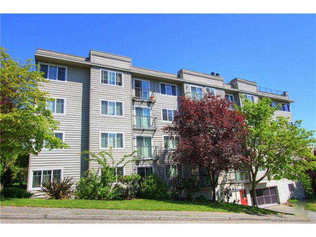 Rental Homes for Rent, ListingId:30242307, location: 2200 Thorndyke Ave W #101 Seattle 98199