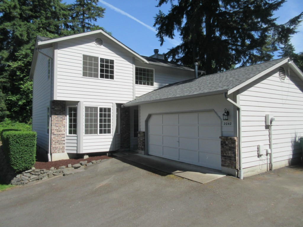 Rental Homes for Rent, ListingId:33888752, location: 2042 9th St W Kirkland 98033