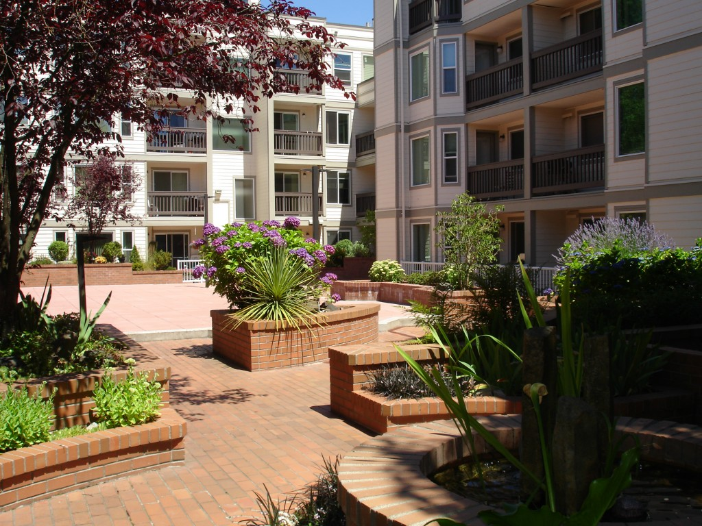 Rental Homes for Rent, ListingId:28974926, location: 2152 N 112th St #215 Seattle 98133