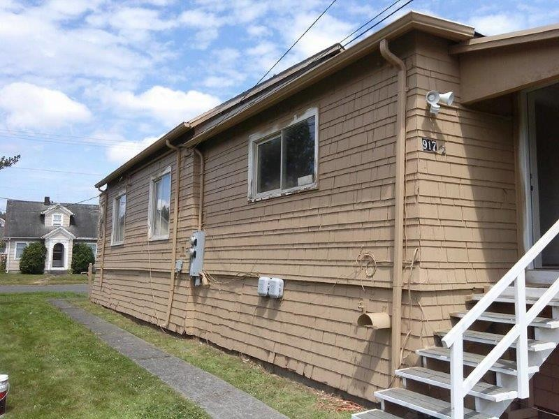 Rental Homes for Rent, ListingId:35317897, location: 917 E 1st St #1/2 Aberdeen 98520