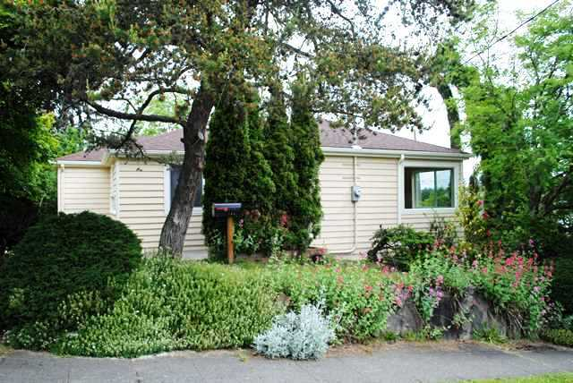 Rental Homes for Rent, ListingId:28974909, location: 1818 S Bayview St Seattle 98144