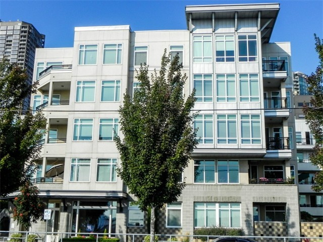 Rental Homes for Rent, ListingId:37293731, location: 2000 Alaskan Wy #347 Seattle 98121
