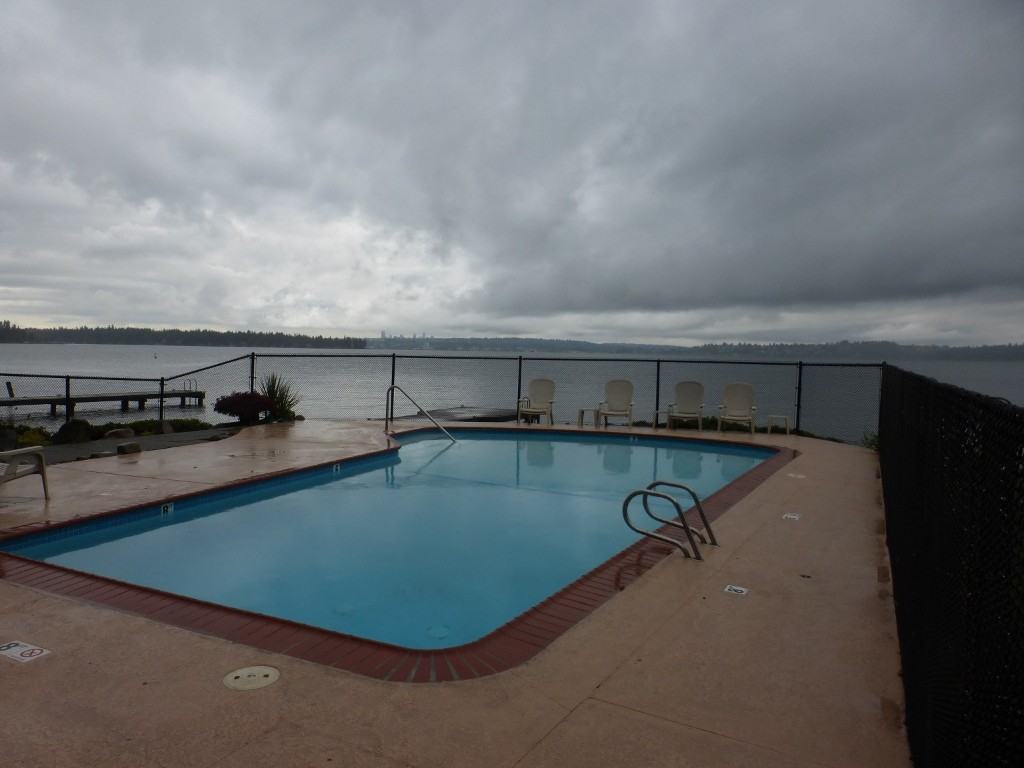 Rental Homes for Rent, ListingId:35237263, location: 6225 Lake Washington Blvd NE #205 Kirkland 98033