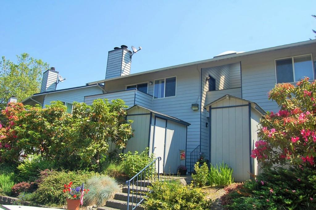 Rental Homes for Rent, ListingId:33593937, location: 12717 NE 144th St #152C Kirkland 98034