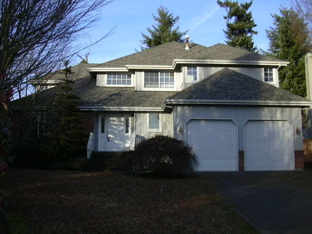 Rental Homes for Rent, ListingId:26629610, location: 11622 SE 61st Place Bellevue 98006