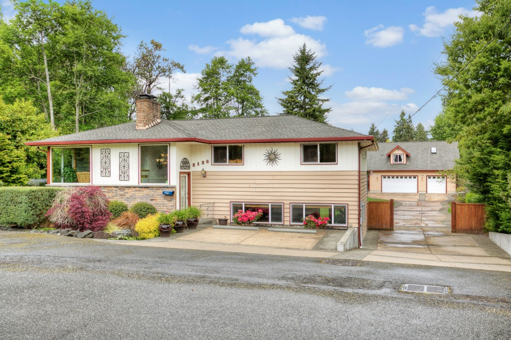Real Estate for Sale, ListingId: 33346492, Burien,WA98166