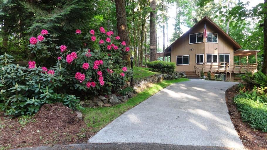 Rental Homes for Rent, ListingId:28056659, location: 17613 Valley Lane SE Yelm 98597