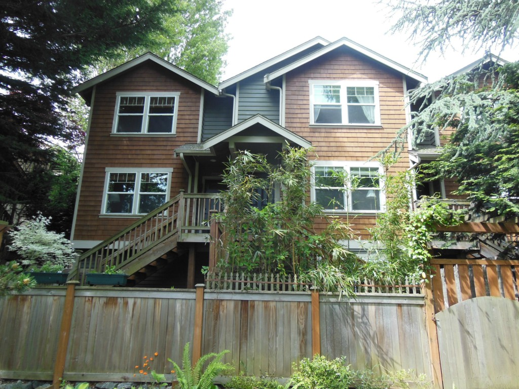 Rental Homes for Rent, ListingId:31795949, location: 927 18th Ave #B Seattle 98122