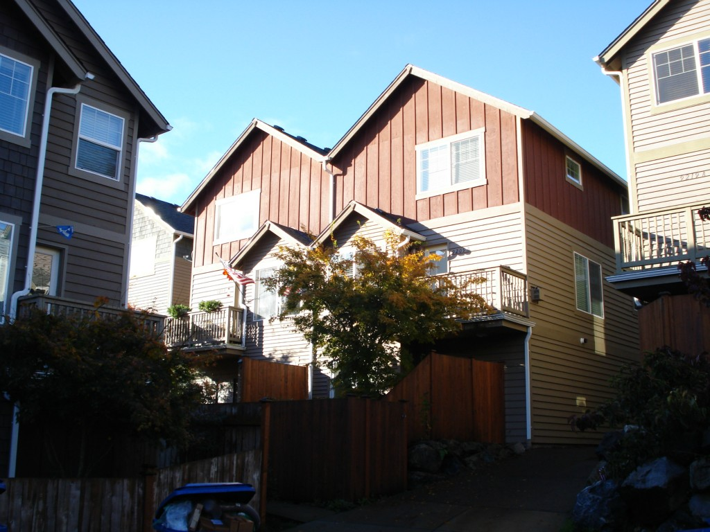 Rental Homes for Rent, ListingId:30585318, location: 9209 Interlake Ave N #B Seattle 98103