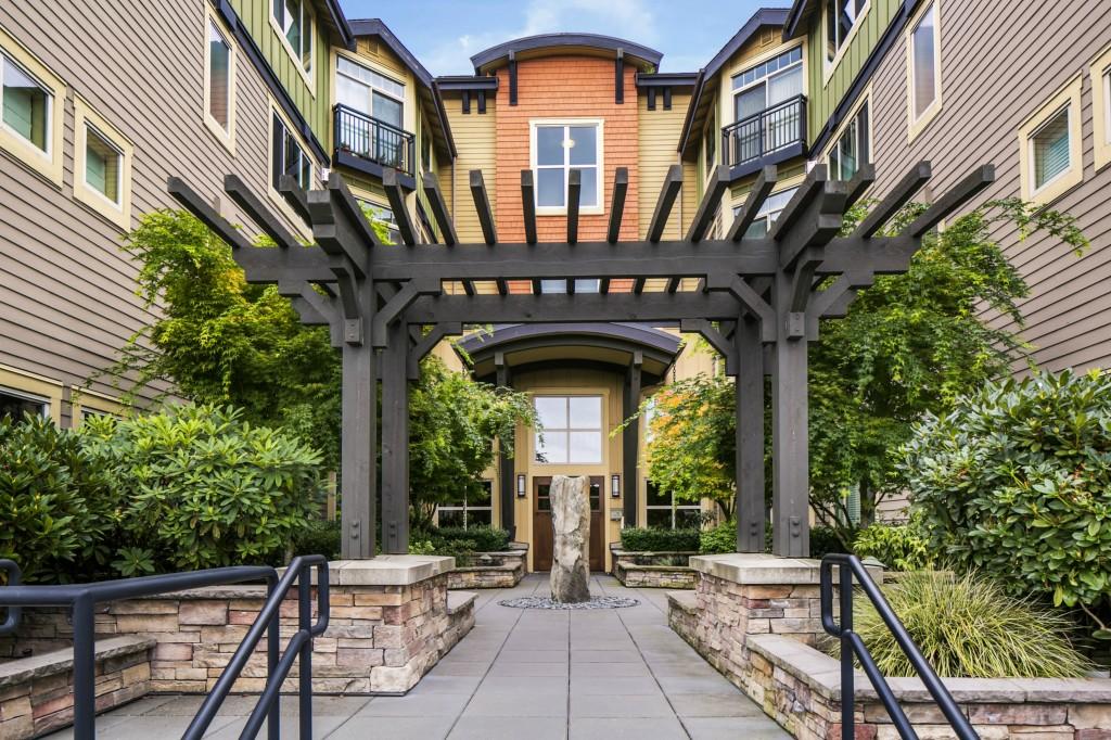 Rental Homes for Rent, ListingId:31023341, location: 15700 116th Ave NE #402 B Bothell 98011