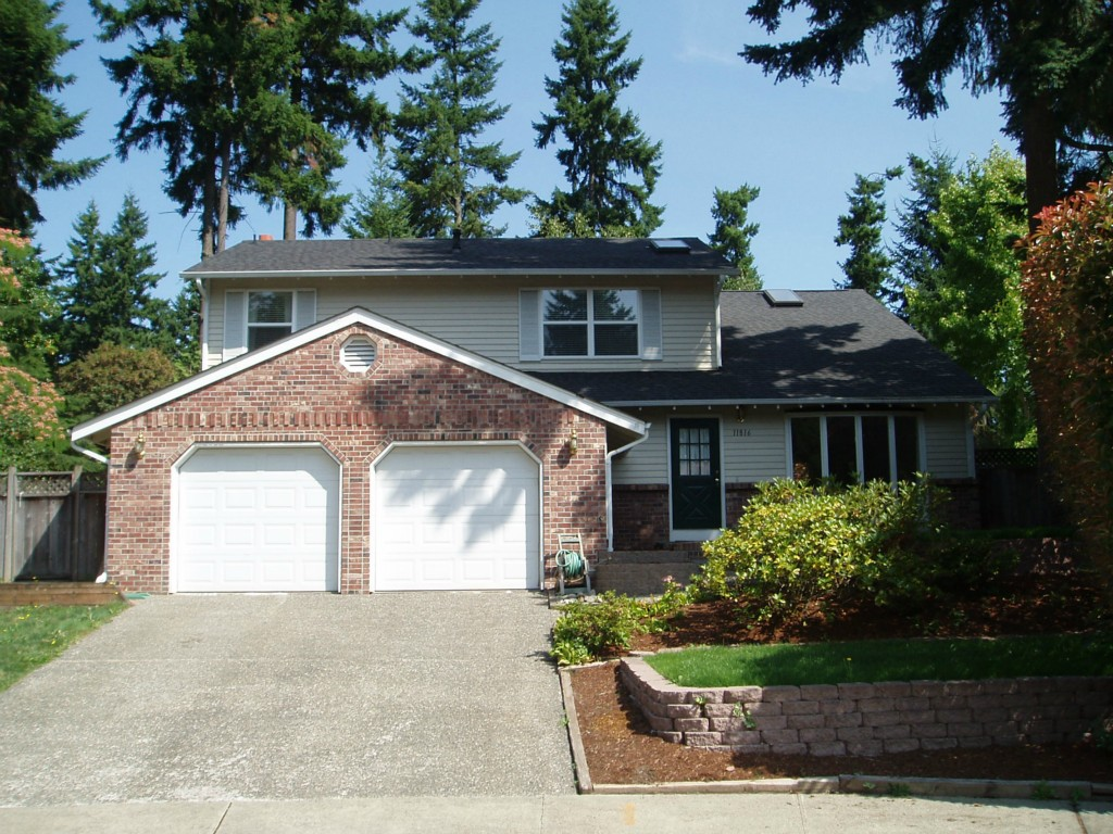 Rental Homes for Rent, ListingId:34580805, location: 11816 NE 102nd Place Kirkland 98033