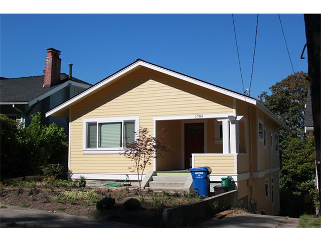 Rental Homes for Rent, ListingId:29239996, location: 1709 33rd Ave #Upper Seattle 98122