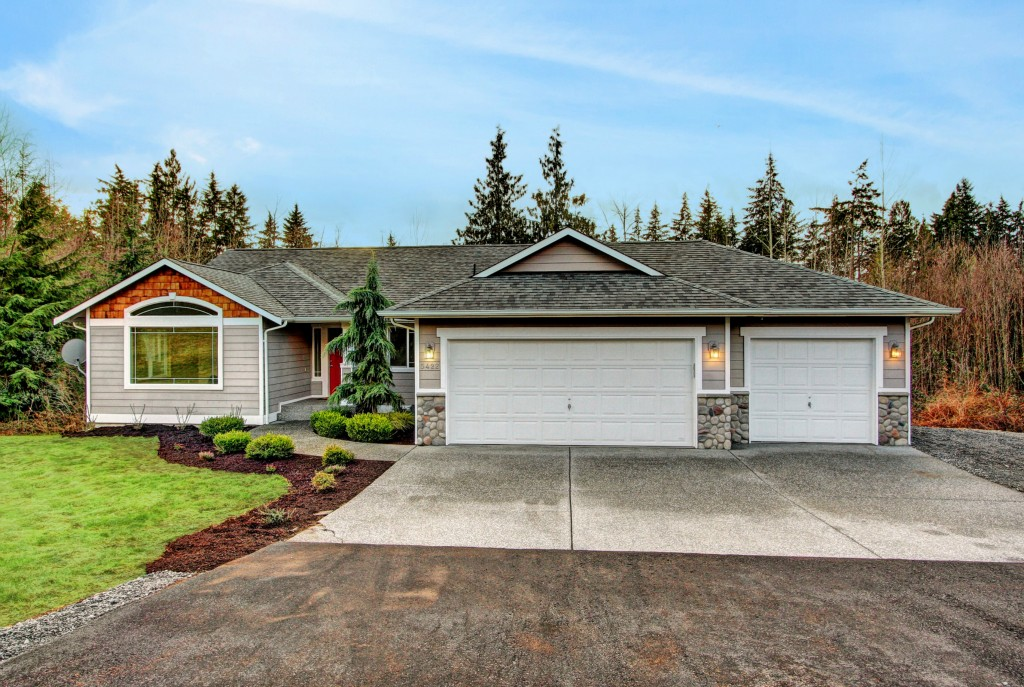 Single Family Home for Sale, ListingId:26832357, location: 5422 Pilchuck Tree Farm Rd Snohomish 98290