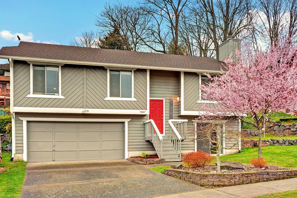 Real Estate for Sale, ListingId: 32121802, Seattle,WA98106