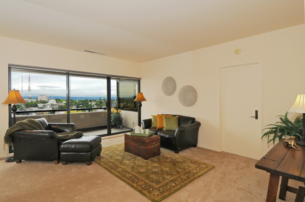 Real Estate for Sale, ListingId: 29746108, Seattle,WA98104