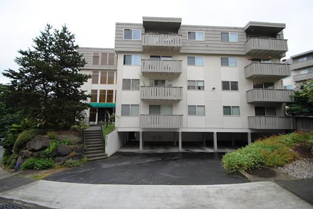 Rental Homes for Rent, ListingId:28642130, location: 3710 27th Place W #203 Seattle 98199