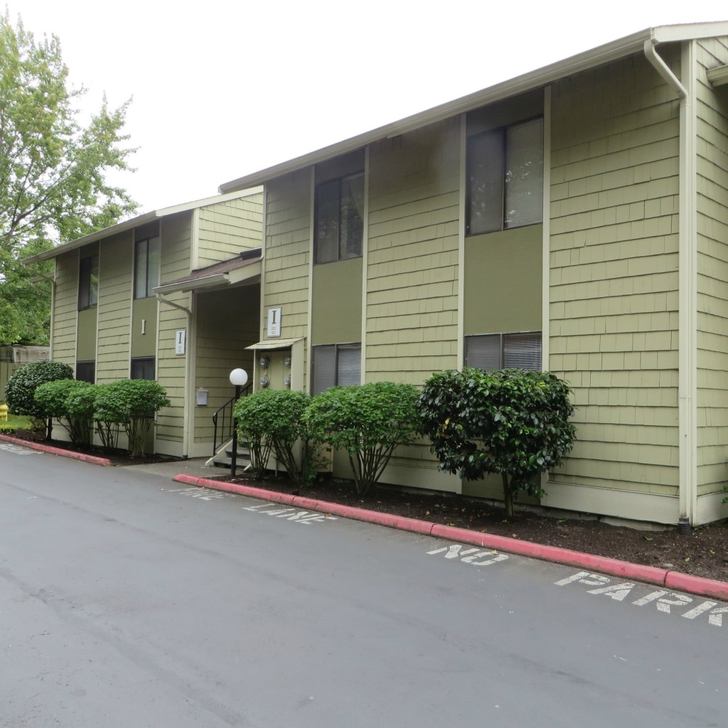 Rental Homes for Rent, ListingId:28957020, location: 2020 Grant Ave S #I-102 Renton 98055