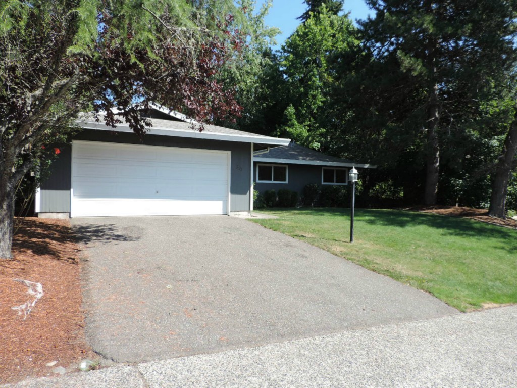 Rental Homes for Rent, ListingId:29556571, location: 34 151st Place SE Bellevue 98007